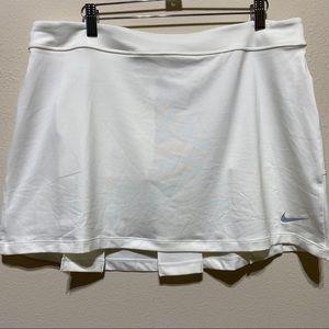 Nike White Mini Tennis skirt